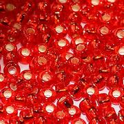 Бисер Preciosa Чехия (уп. 10 г) 97070 красный с серебр. центром