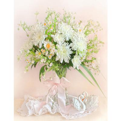 Набор для вышивания Матренин Посад 7007 «Хризантемы белые» (ленты,мулине) 33*43 см в интернет-магазине Швейпрофи.рф