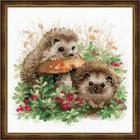 Набор для вышивания Риолис №1469 «Ёжики в бруснике» 25*25 см