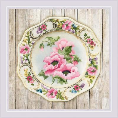 Набор для вышивания Риолис РТ-0075 «Тарелка с розовыми маками» 21*21 см в интернет-магазине Швейпрофи.рф