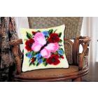 Набор для вышивания в ковровой технике, подушка BZ0275 «Бабочка на букете» 45*45